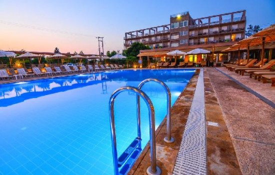HIT! Aqua Mare Resort 3+* - Peloponez leto 2020