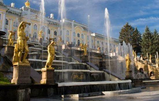 HIT! St. Peterburg i Moskva Praznik rada 2020