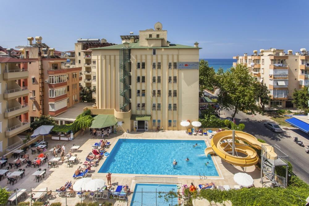 Kleopatra Beach Hotel 4* Alanya leto