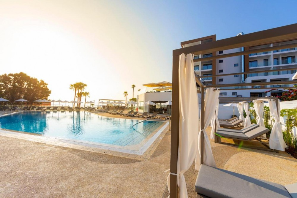 Leonardo Crystal Cove Hotel & Spa 4* - Protaras